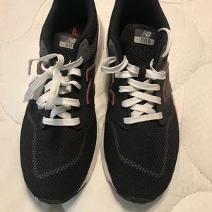NWOT New Balance Sneakers